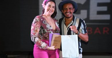 Muito Glamour e Estilo no Chá de Chapéu beneficente no Blue Tree Hotel